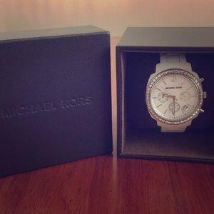 Michael Kors Chronograph Ladies Watch (white)